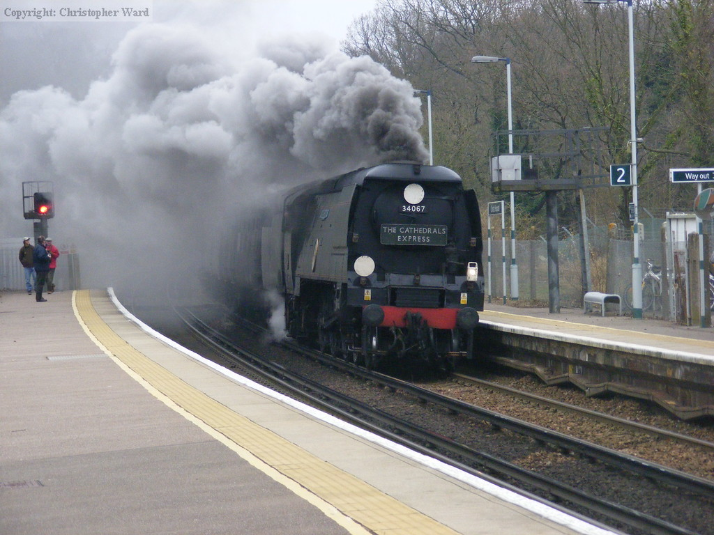 Tangmere smokes out Sussex