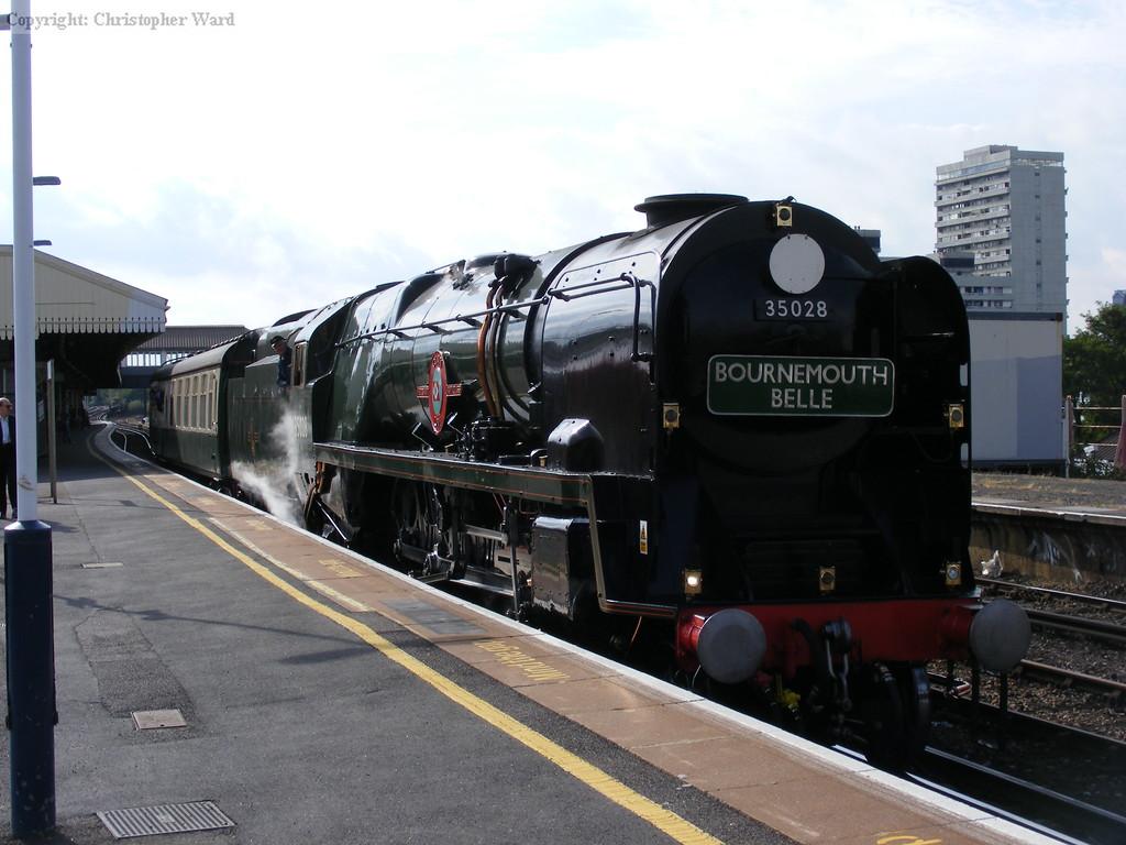 35028 sits at Clapham