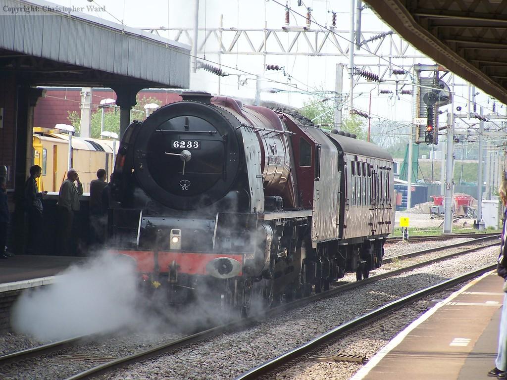 6233 on a light engine move to Southall