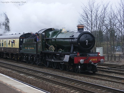 4965 passes Leamington Spa