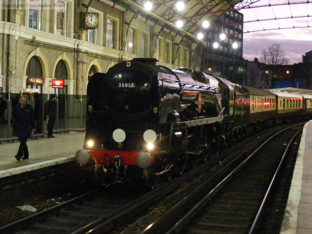35017 sits in platform 2