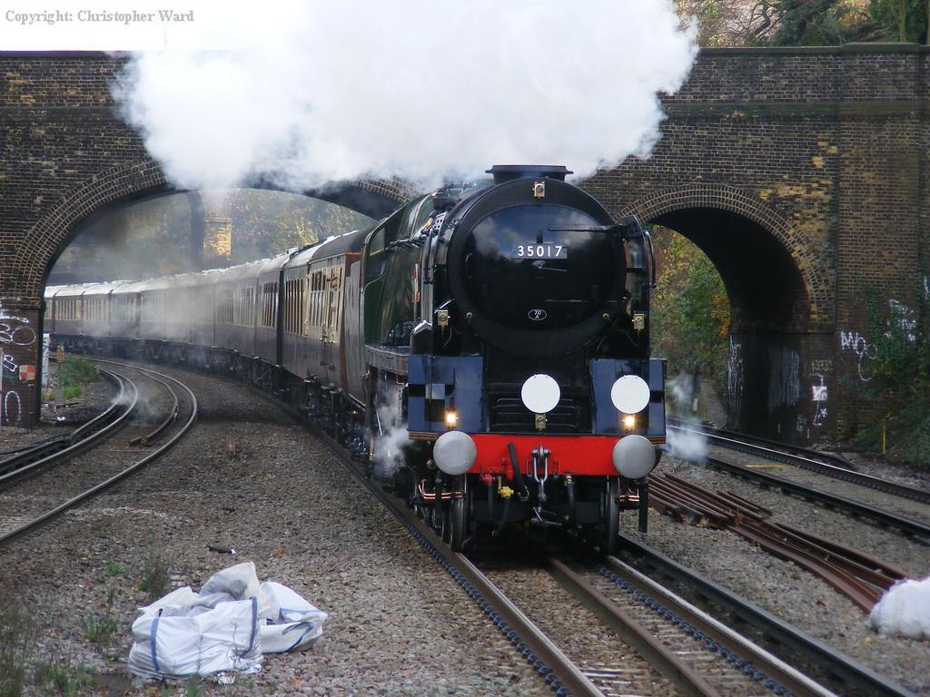 35017 speeds through south London