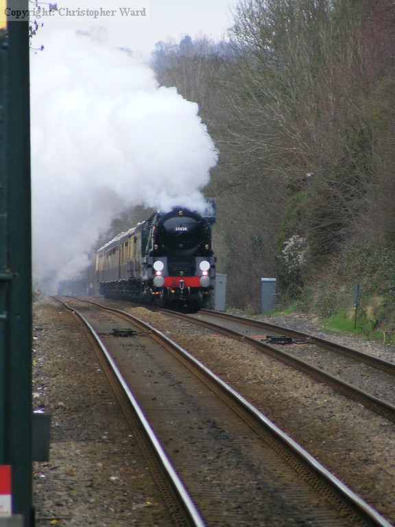 35028 powers up the bank