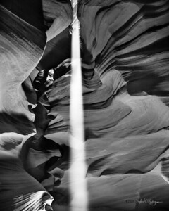antelopecanyon - beaconbw