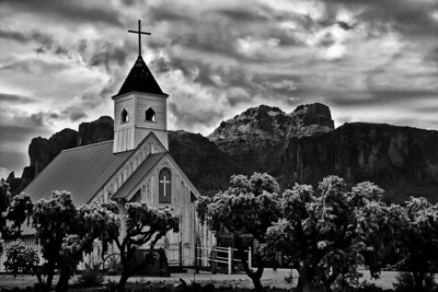 superstition_church3875_031912bw