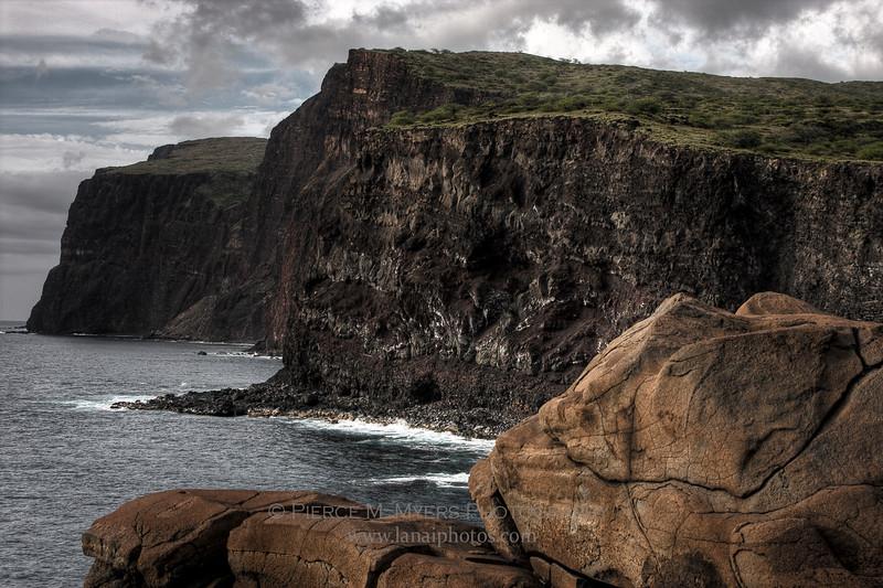 Kaunolu Sea Cliffs