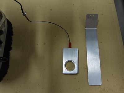 Banana plug inserted in SuperZero base