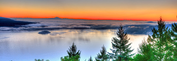 Malahat_sunrise_pano_october_23
