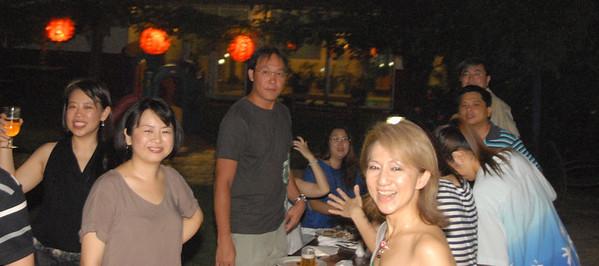 Left to Right (clock-wise): Fui Chu, Rachel, Jerry, Dan Fui, Koh, Lim, Po Li ...