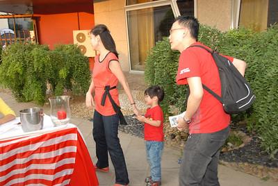 Yin Min Cheng & Family