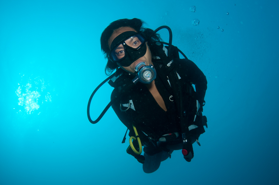 Ai Futaki on scuba in the Maldives March 2010