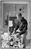 Maleren Poul Agger i sit atelier 1985