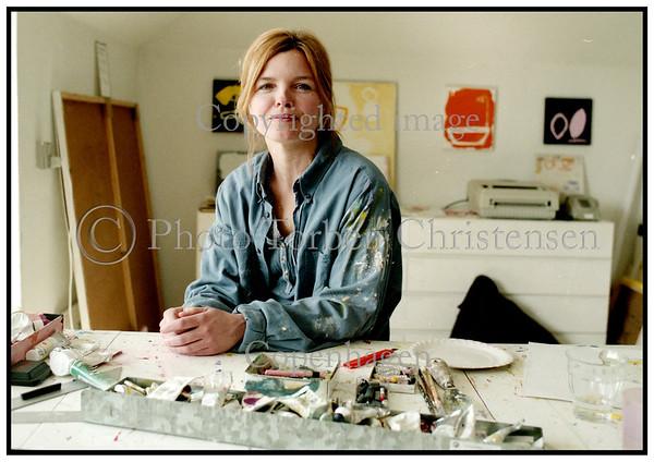 Kunstmaleren Tine Hartvig 1998Foto: Torben Christensen  København ©