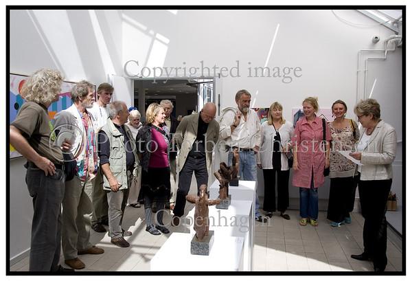 Preben Franck Stelvig og den andre udstiller deres kunst i Farum. Foto: Torben Christensen  København ©  Ayoe Bryndis