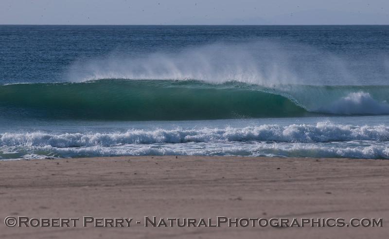 waves offshore winds 2011 12-01 -Zuma - 037