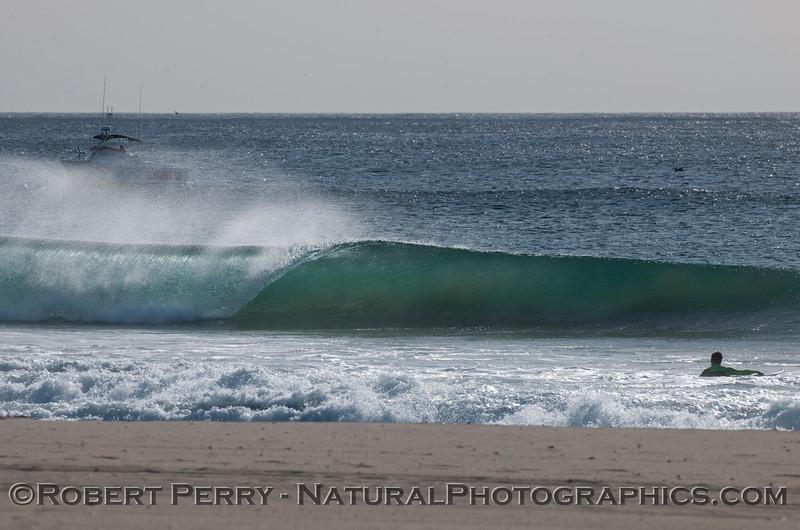 waves offshore winds 2011 12-01 -Zuma - 001