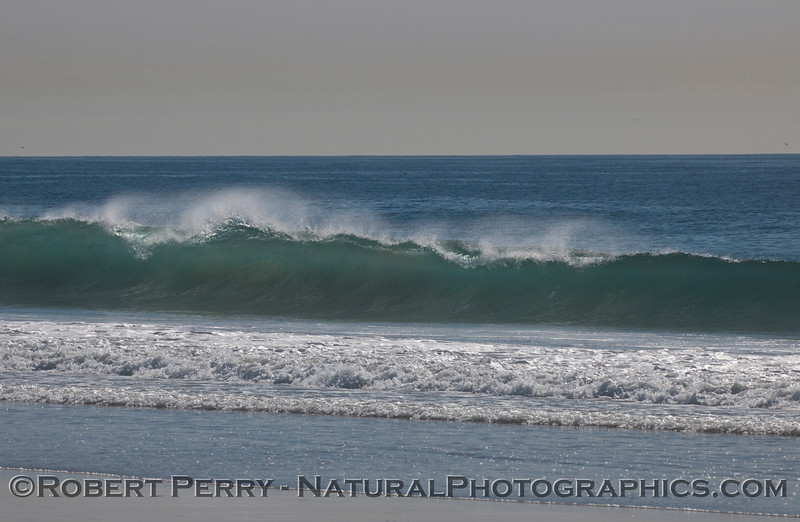 Sparkling wave with light offshore winds.