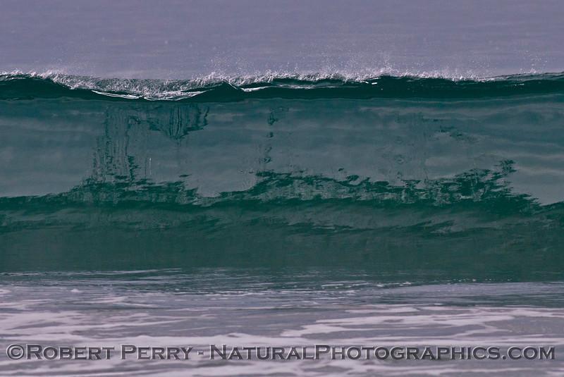 Silver glassy wave.