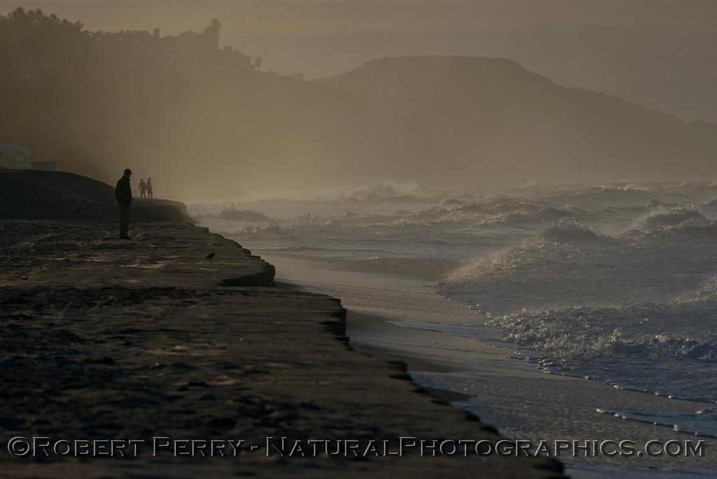 king tides high tide berm 2013 01-10 Zuma-009