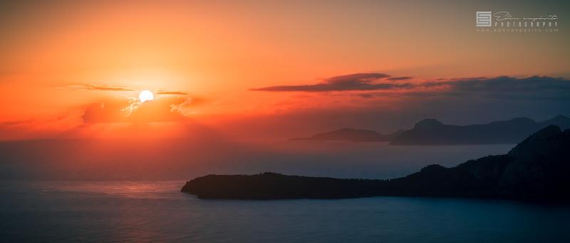 Sunrise in Pollença bay