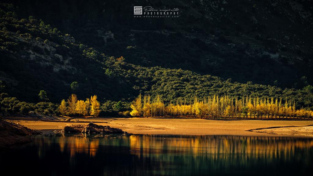 Fall in Gorg Blau reservoir, Mallorca