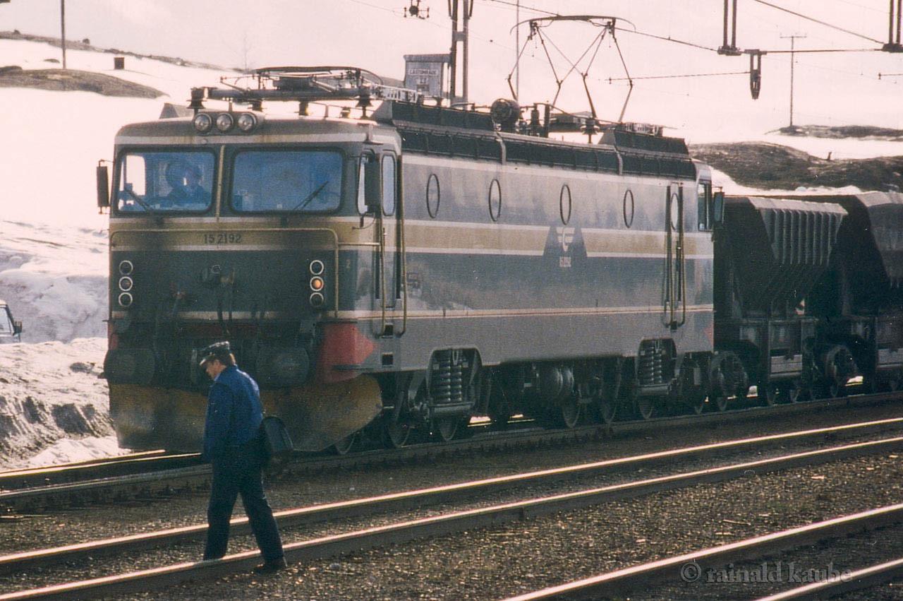 NSB El 15 Uad Vassijaure st 1993-06-01 by Rainald Kaube