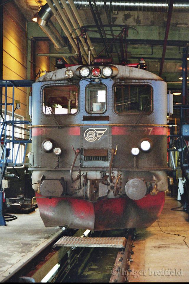 LKAB Dm3 1227 Kiruna depot 2006-06-27  by Holger Breitfeld