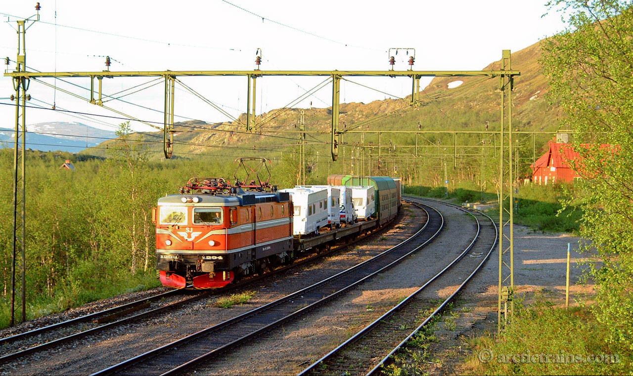 SJ Rc6 1294 Arctic Rail Express Kopparaasen st  2001-06-21 by TS