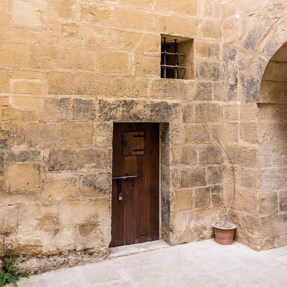 door window arch