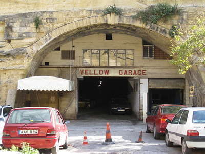 Valletta Stn 1 Yellow Garage Mar 08