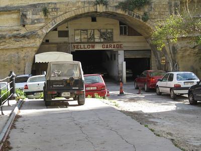 Valletta Stn 3 Yellow Garage Mar 08