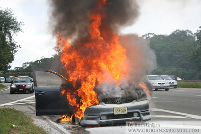 Car Fire SSP at Franklin Ave 10/4/11