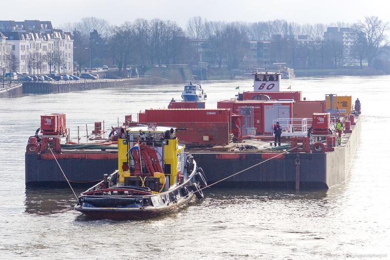 "Catharina 7, sleepboot 02310239 <a href=""https://www.binnenvaart.eu/motorsleepboot/5560-spitsbergen.html"" target=""blank"">info</a>"