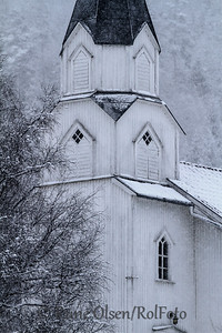 Gjøvdal kyrkje