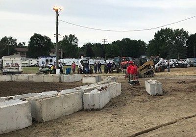 There were lots of concrete blocks at today's race course.