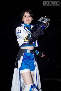 Cosplay, Cosplayer, Female, Manchester Summer Mini Con, Manga, Anime, Video Game, Jacket, Cape, Top, Blouse, Boots, Socks, Armour, Gloves, White, Black, Blue, Gold, Silver, Belt