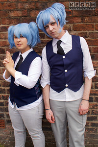 Cosplay, Cosplayers, Male, Female, Manga, Anime, Video Games, Shirt, Tie, Waistcoat, Pants, Boots, Shoes, Wig, Black, White, Grey, Blue, Gold
