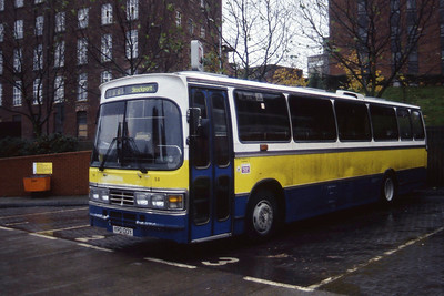 Whytes Calver YPD133Y Stockport Bus Stn Nov 96