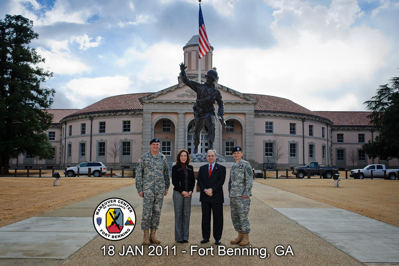 18 JAN 2011 - Columbus, GA Mayor Teresa Tomlinson visits MCoE, group photo with MCoE Commanding General MG Brown, COL(R) Poydasheff, and Post CSM Hardy.  Fort Benning, GA.  Photo by John D. Helms - john.d.helms@us.army.mil