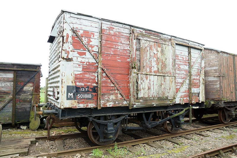 MR 501818 Ventilated Van Body Only With Underframe MR 40068 Flat 10,07,2016 (Now At Kent & East Sussex Railway)