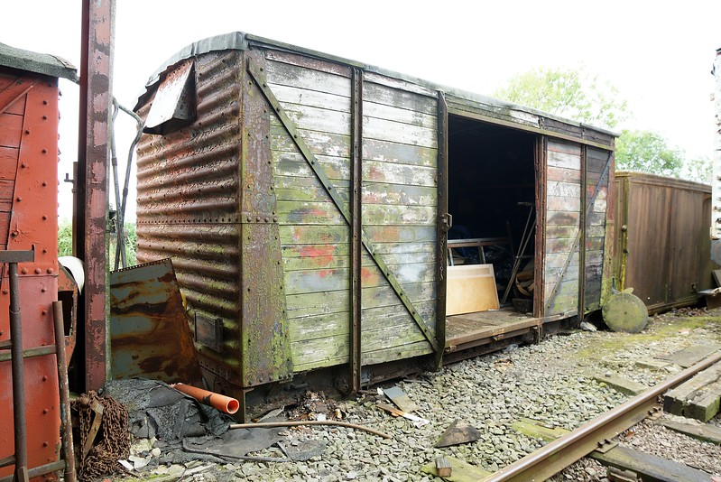 LMS 50XXXX Ventilated Van Plank 10,07,2016.