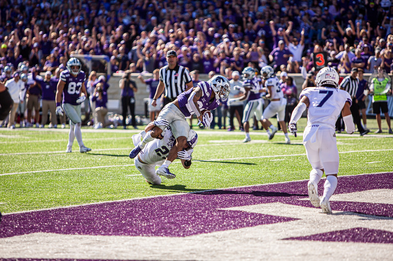 Junior wide receiver Wykeen Gill catches a touchdown pass during K-State's game against TCU at Bill Snyder Family Stadium on Oct. 19, 2019. The Wildcats took the Horned Frogs 24-17. (Logan Wassall | Collegian Media Group)
