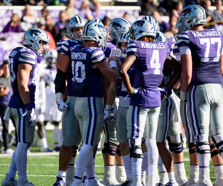 KSU QB, Skylar Thompson directs the offense in a huddle. KSU and TCU faced off at Bill Snyder Family Stadium on Oct 19, 2019. The Wildcats defeated the Horned Frogs 24-17. (Dylan Connell | Collegian Media Group)