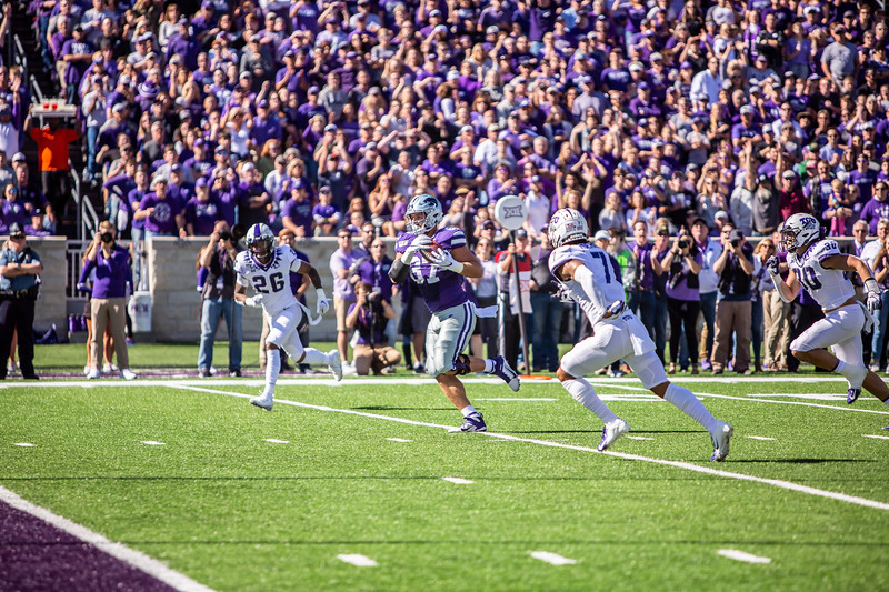 Sophomore tight end Nick Lenners catches a touchdown pass during K-State's football game against TCU at Bill Snyder Family Stadium on Oct. 19, 2019. The Wildcats took the Horned Frogs 24-17. (Logan Wassall | Collegian Media Group)