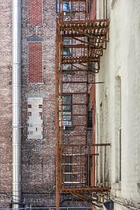 Alley Escape