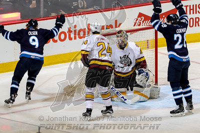 Chicago Wolves vs Manitoba Moose