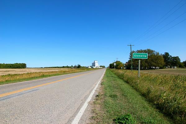 Glenella - approaching town