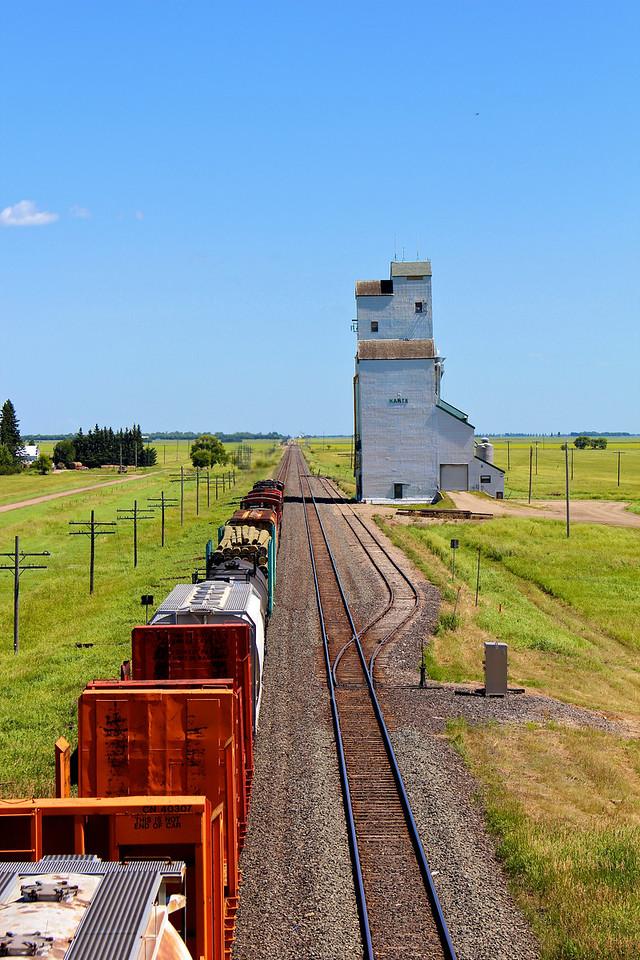 Harte - train passing
