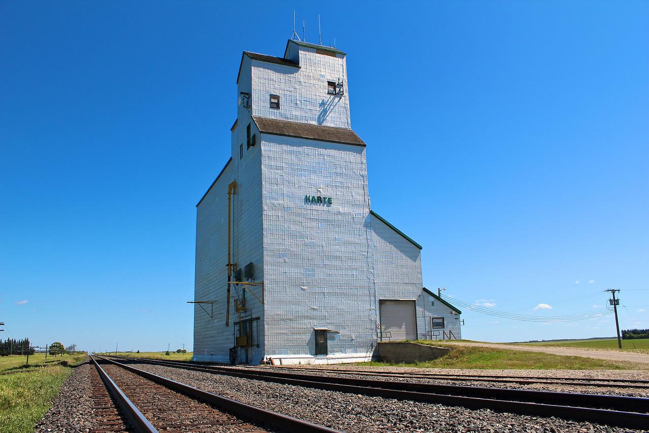 Harte - across the tracks