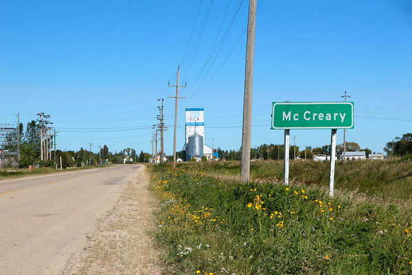 McCreary - approaching town